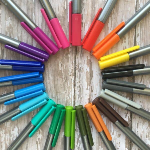 10 Sure-to-Please Pens for Bullet Journaling | pageflutter.com