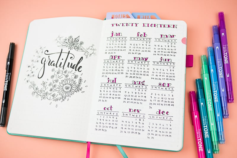 Here's my 2018 journal flip-through| Is Your Planner or Bullet Journal set up for the New Year? Here's my 2018 setup.